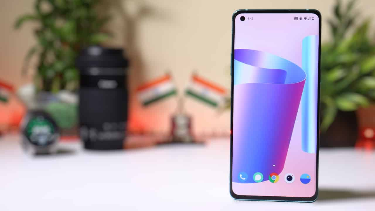 Download OnePlus 8T's wallpapers for any android Device