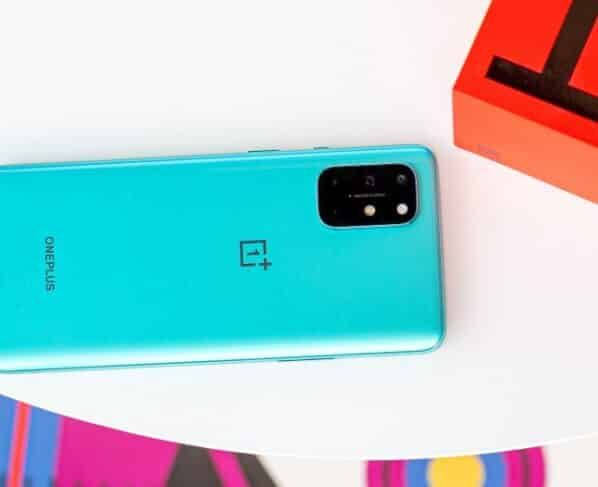 OnePlus 8T Receives OxygenOS 11.0.3.4 update with several fixes and optimizations