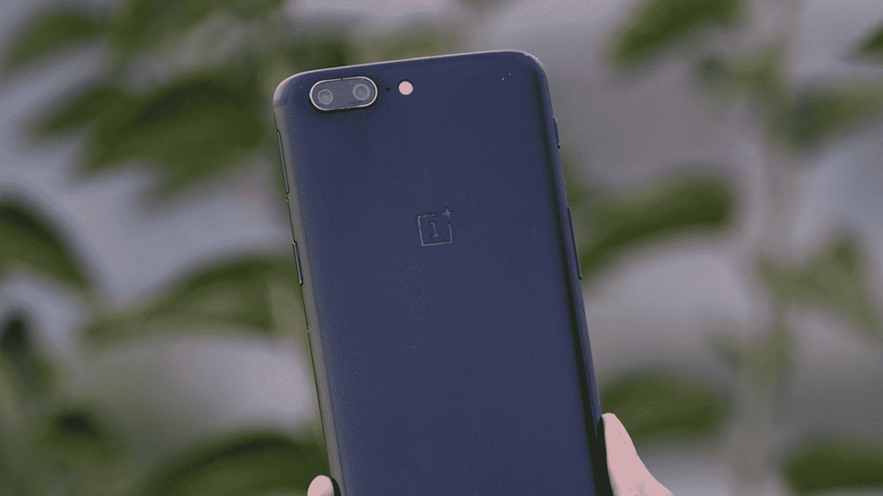 OnePlus 5 gets OxygenOS 10.0.1 with several bug fixes and September 2020 patches